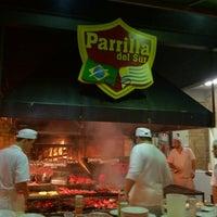 Foto tirada no(a) Parrilla del Sur por Carolina H. em 8/5/2012