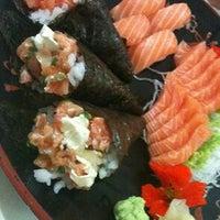Foto tirada no(a) Sukiyaki por Alex G. em 7/11/2012