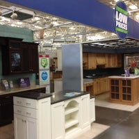 Photo taken at Lowe's Home Improvement by Lynnwood K. on 8/31/2012