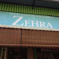 Photo taken at Zehra Collection by Siti Normiyah on 5/28/2012
