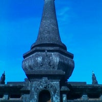 Photo taken at Monumen Puputan Klungkung by Ferri F. on 6/7/2012