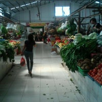 Photo taken at Fresh Market by Agung Y. on 5/9/2012
