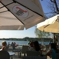 Photo taken at il 'kiosko by Wolfgang R. on 4/27/2012