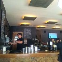 Foto tomada en El Lobby por Raul H. el 6/12/2012