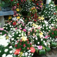 Photo taken at Mercado de Jamaiquita by Araceli R. on 6/10/2012