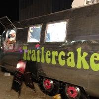 Photo taken at Trailercakes by Linda C. on 8/14/2012