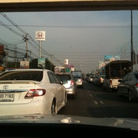 Photo taken at ป้ายรถเมล์ ICI dulux by Yim S. on 3/16/2012