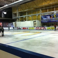 Photo taken at Sub-zero Ice Skate Club by natthaphon n. on 4/18/2012
