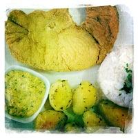 Photo taken at Sediari Espaço Gourmet by Rique F. on 3/9/2012