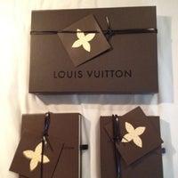 Das Foto wurde bei Louis Vuitton von Niels G. am 8/8/2012 aufgenommen