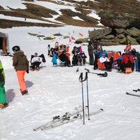 Photo taken at Sextas - Formigal by Corinne P. on 3/17/2012