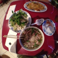 Photo taken at Pho 88 Vietnamese Restaurant by Kevin  I. on 5/25/2012