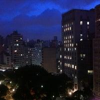 Foto tirada no(a) Hotel San Raphael por Arthur J. em 4/9/2012