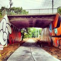 5/14/2012 tarihinde Angel P.ziyaretçi tarafından Atlanta BeltLine Corridor under Virginia Ave'de çekilen fotoğraf