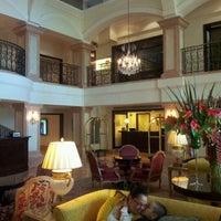 Foto tirada no(a) JW Marriott Hotel Rio de Janeiro por Monchol P. em 3/10/2012