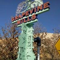 Das Foto wurde bei Grapevine Mills von Deborah H. am 3/24/2012 aufgenommen