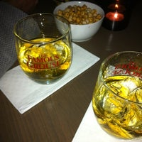 4/20/2012 tarihinde Onur İ.ziyaretçi tarafından Shot Bistro Lounge & Bar'de çekilen fotoğraf