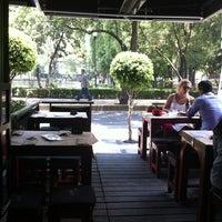 Foto diambil di Jaleo oleh Arturo D. pada 6/8/2012