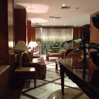 Foto tirada no(a) Hotel San Raphael por Bp Ricardo S. em 4/27/2012