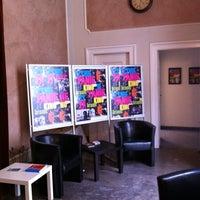 Foto scattata a Kino Pod Baranami da Ilya P. il 7/13/2012