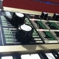 Photo taken at Guitar Center by Jarris Macias J. on 4/19/2012