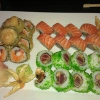 Photo taken at Akiko Sushi Bar & Restaurant by Ajfi on 8/31/2012