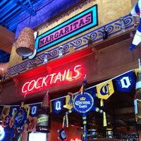 Foto tomada en La Parrilla Mexican Restaurant por Louisa R. el 5/4/2012