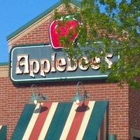 Photo taken at Applebee's Neighborhood Grill & Bar by Terri S. on 4/23/2012