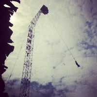 Photo taken at Pattaya Bungy Jump by Parnuwat S. on 6/1/2012