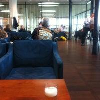 Photo taken at Aviator Lounge by Fumitaka. I. on 6/13/2012
