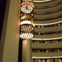 6/5/2012 tarihinde Jeffrey D.ziyaretçi tarafından Holiday Inn Singapore Atrium'de çekilen fotoğraf