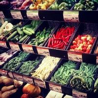 7/18/2012 tarihinde Omid A.ziyaretçi tarafından Whole Foods Market'de çekilen fotoğraf