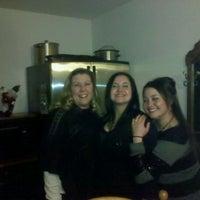 2/26/2012 tarihinde Deonna L.ziyaretçi tarafından Timothy's Pub'de çekilen fotoğraf