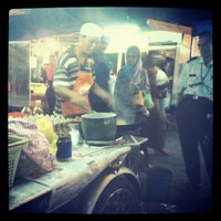 Photo taken at Pasar Malam Seksyen 17 by Gabrielle L. on 5/15/2012