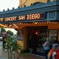 Foto tomada en The Balboa Theatre  por Amy S. el 4/1/2012