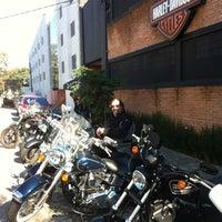 Foto tirada no(a) Autostar (Harley Davidson) por Emiliano M. em 7/21/2012