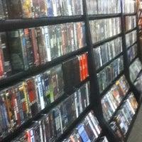 Снимок сделан в Bookman's Entertainment Exchange пользователем Ken K. 7/19/2012