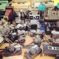 Foto tomada en Melrose Trading Post por Ronda B. el 9/9/2012