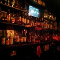 Photo prise au Teachers Pub par Tayfun B. le2/26/2012