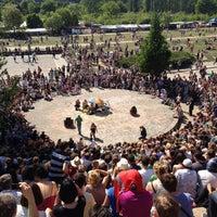 Das Foto wurde bei Mauerpark von Wolf am 5/20/2012 aufgenommen