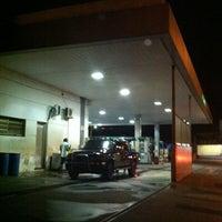Photo taken at Auto Posto Berimbau by Evandro K. on 5/28/2012