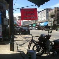 Photo taken at แก้ว กุญแจ. เบาะ ตลับพระ by 8878Tooktook on 7/20/2012