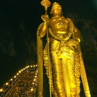 Photo taken at Sri Subramaniar Temple Batu Caves by Thusshian T. on 2/6/2012