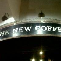 Foto tomada en The New Coffee por Elena R. el 8/4/2012