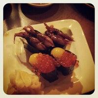 4/8/2012 tarihinde Tommy O.ziyaretçi tarafından Domo Sushi'de çekilen fotoğraf