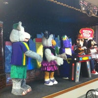 Photo taken at Chuck E. Cheese's by Kelly Ryan O. on 5/17/2012