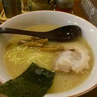 Photo taken at 百歩ラーメン by Hironori S. on 5/16/2012