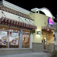 Photo taken at Taco Bell by Steve F. on 8/19/2012