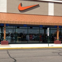 Photo taken at Nike Outlet by O S. on 8/2/2012