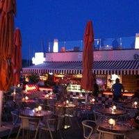 8/2/2012에 Fareeggi C.님이 Vespa Cafe & Restaurant에서 찍은 사진
